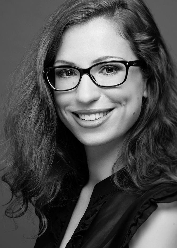 Portrait de Adeline - Chef de projet traduction